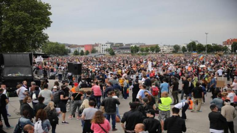 ألمانيا: تحذيرات من استغلال اليمين المتطرف مظاهرات كورونا