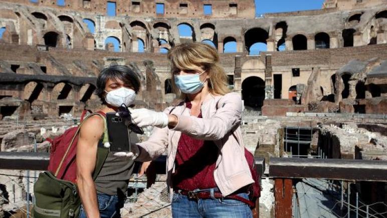 كولوسيوم روما يستقبل زائريه