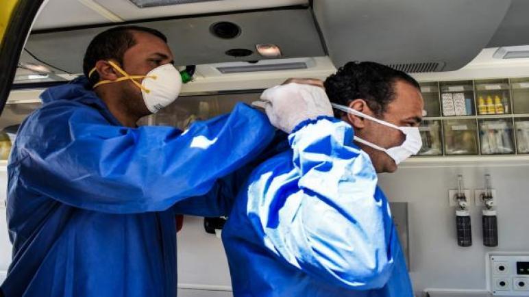 الإصابات اليومية بكورونا تعاود الارتفاع لأكثر من 1500 في مصر
