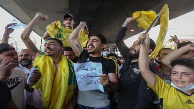 السفيرة والحزب في لبنان