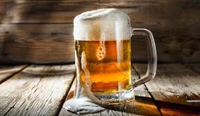 تحذير من خطورة تناول الجعة في الجو الحار