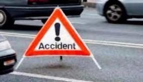اصابة 18 شخصا في إصطدام بين سيارتين في المحرس