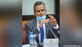 الجزائر تستدعي الأطباء المتقاعدين للمساعدة بمعركة كورونا