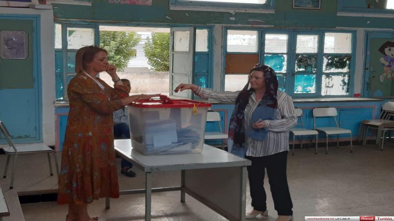 رسميا:6,85 بالمائة نسبة المشاركة في القتراع الى حدود الساعة 11 صباحا