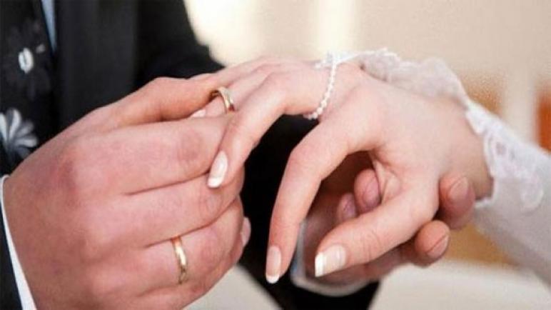 تغلبي على حزنك وتعرفي على الطريقة الأفضل لمعاملة الزوج بعد الزواج الثاني
