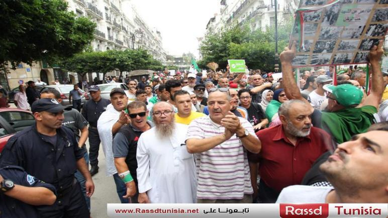 """الجمعة الـ30 لحراك الجزائر: المتظاهرون يرفضون """"انتخابات الأمر الواقع"""""""