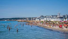 تطبيق سويدي يساعد في تحديد الشواطئ الأقل ازدحاماً لمكافحة كورونا