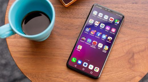 الهاتف LG V40 ThinQ يحصل على تحديث جديد يجلب معه ميزات جديدة