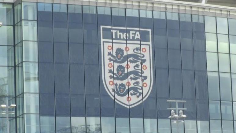 """إنهاء الموسم الكروي """"للسيدات"""" في إنجلترا رسميًا"""