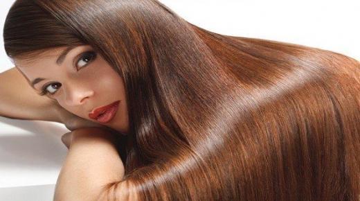علماء روس يكشفون سبب امتلاك بعض الناس شعرًا مجعدًا