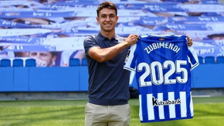 مارتن زوبيميندي مستمرّ مع ريال سوسيداد الإسباني حتى 2025