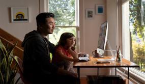 آبل تُعلن عن نسخة جديدة من iMac 27 مع معالجات أسرع، وكاميرا أفضل